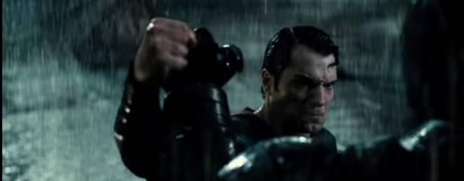 Batman-V-Superman–Recensione-centro