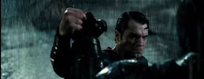 Batman-V-Superman–Recensione-centro