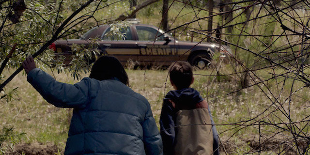 cop-car-2015-recensione-testa