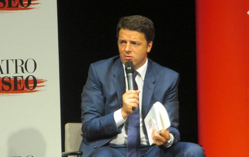 Nostro-Futuro-spiegato-Matteo-Renzi-Alec-Ross-centroa