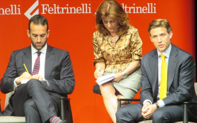 Nostro-Futuro-spiegato-Matteo-Renzi-Alec-Ross-testa