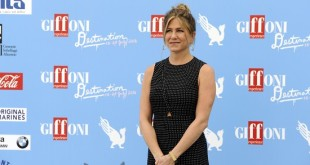 Jennifer-Aniston-giffoni-film-festival-copertina
