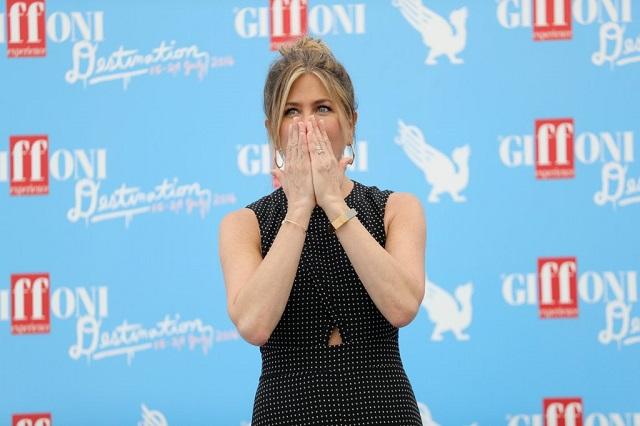 Jennifer-Aniston-Giffoni-Film-Festival-articolo