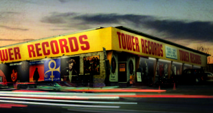 Tower-Records-dvd-in-store-copertina