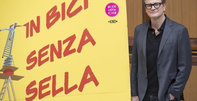 Cinema: ''In bici senza sella'', attore Colin Firth all'Universita' La Sapienza di Roma