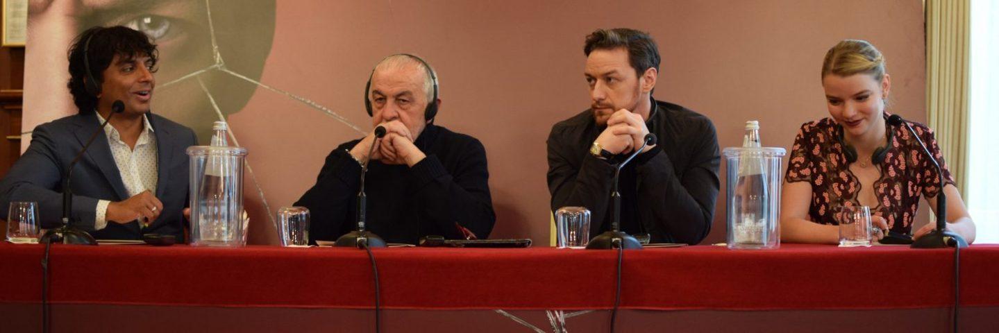 split-conferenza-stampa-testa