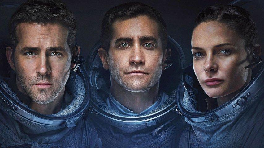 life-2017-recensione-film-copertina