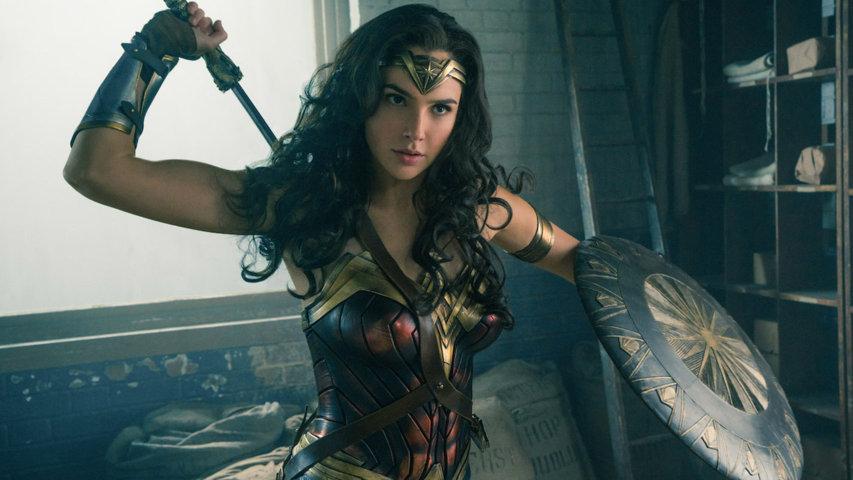 Wonder-Woman-2017-recensione-film-centro