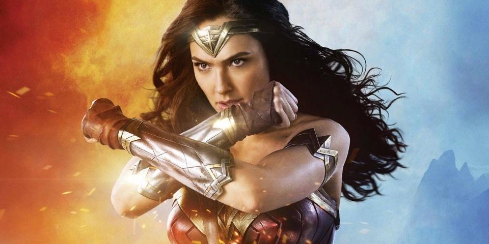 Wonder-Woman-2017-recensione-film-copertina