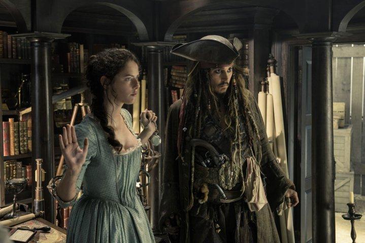 pirati-dei-caraibi-la-vendetta-di-salazar-recensione-film-testa