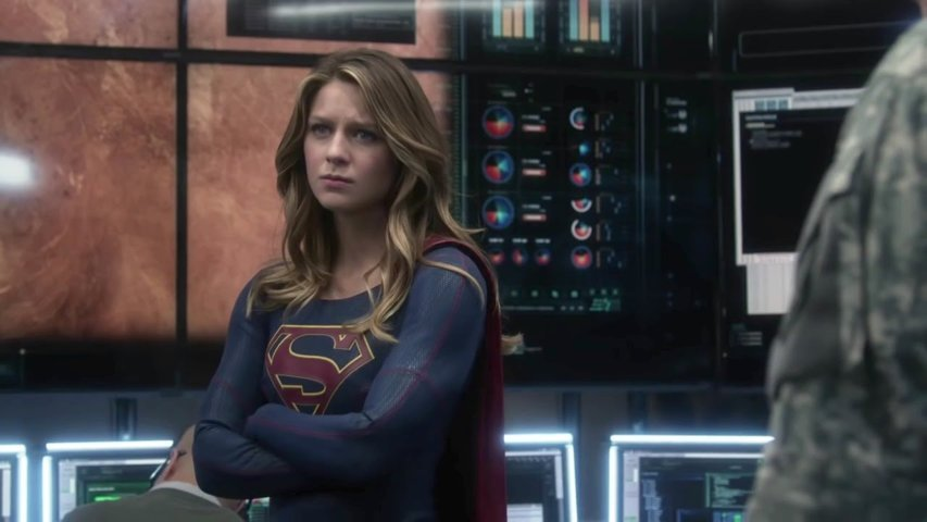 supergirl-recensione-stagione-1-bluray-testa