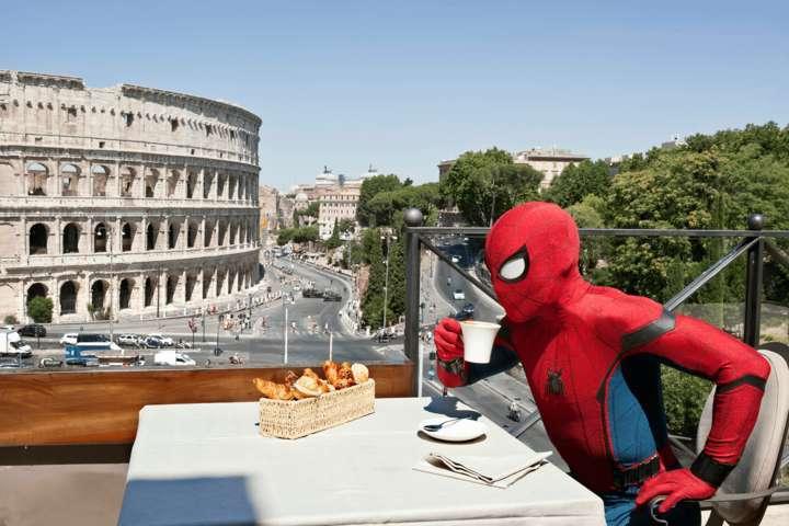 spider-man-vacanza-roma-testa