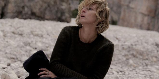 Parlami di Lucy: recensione del primo e ultimo film di Giuseppe Petitto