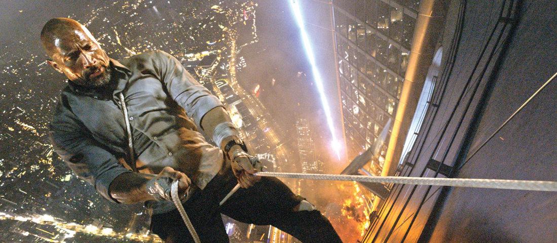 skyscraper-recensione-film-copertina