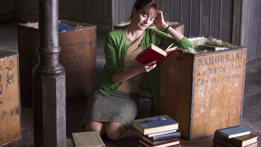 la-casa-dei-libri-recensione-film-02