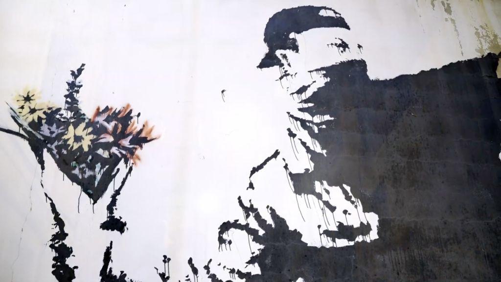 uomo-che-rubo-banksy-recensione-film-02