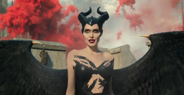 Maleficent – Signora del Male Il primo trailer italiano