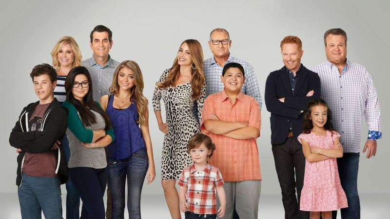 modern-family-8-