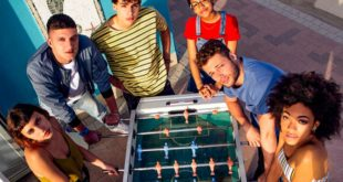 Summertime – Prime foto del cast della serie Netflix ispirata A Tre Metri Sopra il Cielo