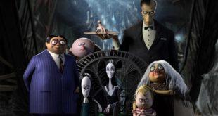 la-famiglia-addams-recensione-film-copertina