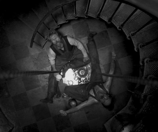 the-lighthouse-recensione-eggers-dafoe-pattinson-02