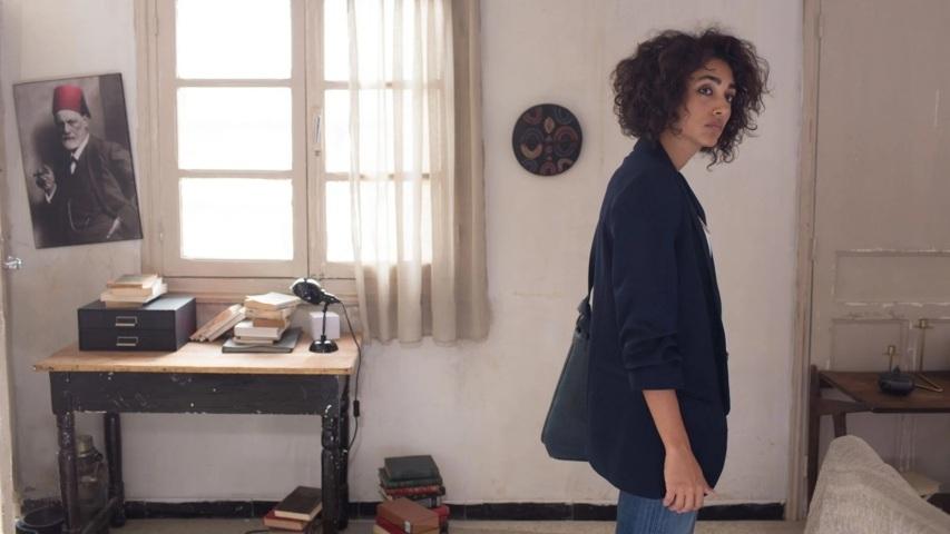 un-divano-a-tunisi-recensione-film-03