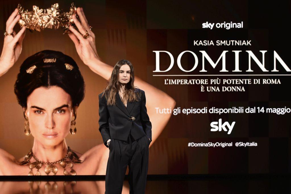 domina-nuova-serie-sky-kasia-smutniak-01