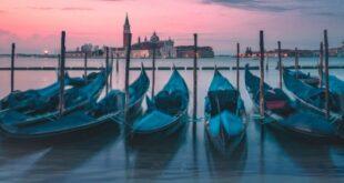venezia-infinita-avanguardia-recensione-film-copertina
